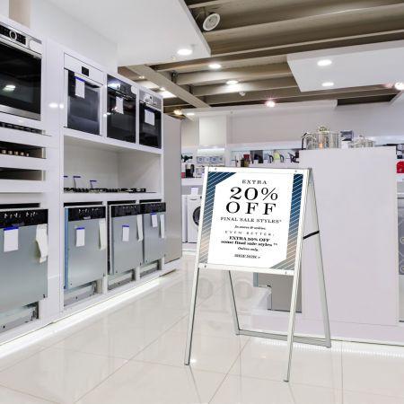 Costway Stabiler doppelseitiger Schildständer mit A-förmigem Rahmen Plakatständer für 60 x 90 cm Poster Silber