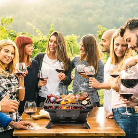 Costway Holzkohlegrill tragbarer gusseiserner Barbecue-Grill BBQ Minigrill Tischgrill für Picknick 40x27x18cm Schwarz