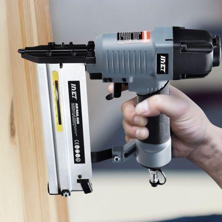 2 in 1 Druckluft Nagler und Tacker Drucklufttacker Druckluftnagler inkl. Koffer und Zubehör